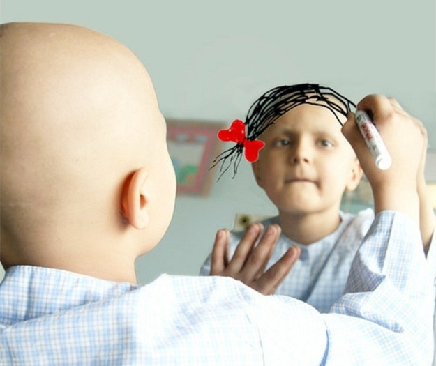 18-18-When-a-cancer-patient-drew-her-wish-on-a-mirror1