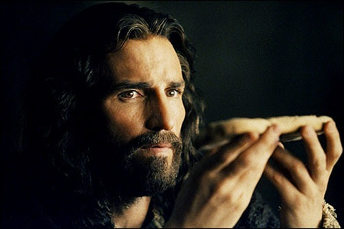 passion-of-the-christ-jim-caviezel-take-this-bread1